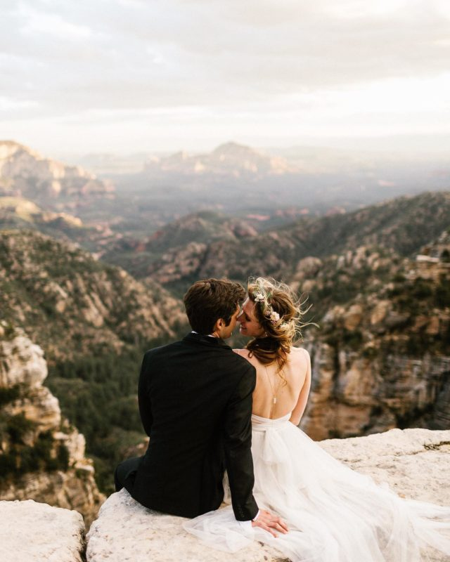 Arizona, you get me every time. Be on the lookout for a Flagstaff elopement guide coming to your inbox shortly! All dem tips on locations, officiant, florals, and restaurants to eat after! I'm feeling more and more small intimate elopements coming 2020+2021. #zona