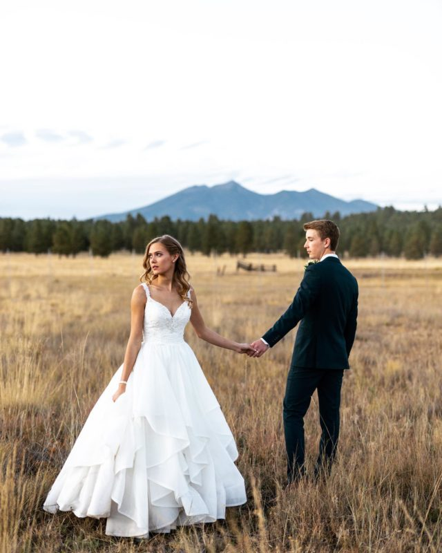 I'm holding on to the last bit of summer and sunshine up here in the mountains 🏔 ☀️ Happy 1 year anniversary my friends!!! Your wedding was one of those perfect Flagstaff days where the mountain stood happy, the pine trees swayed with joy, and the sun shined strong. #flagstaffliving