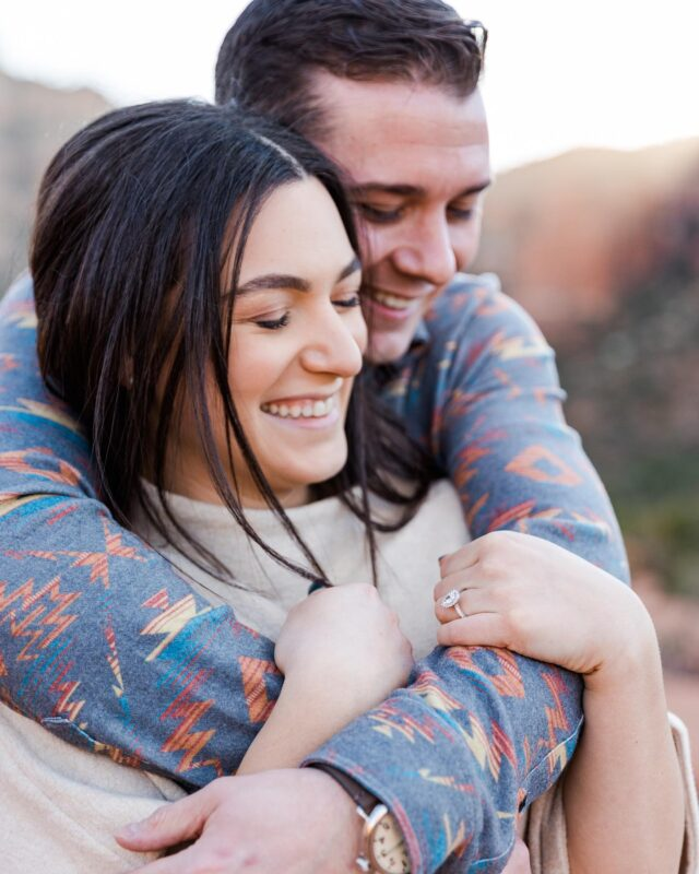 I had wayyyy too much fun at this proposal / engagement session this week!!! I love some good Midwesterners out West! David and Alena got to experience the most beautiful Sedona landscape this week. I truly believe I will photograph the right people. I trust who will come to my website are the right ones. I love my clients and the humans I get to meet through this job. #sedonaweddingphotographer